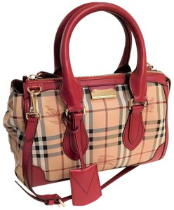 Burberry Check Handbag Gold Equestrian Black Tote in Red