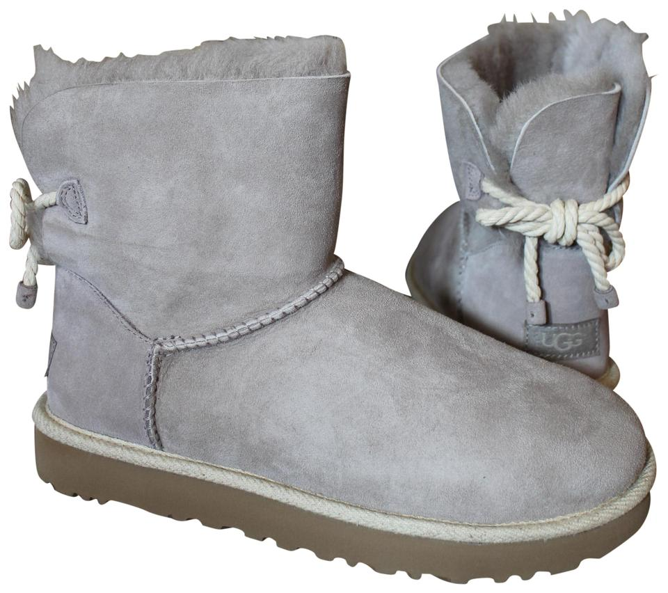 eb1c9a19bd7 UGG Australia Gray Selene Suede Shearling Boots/Booties Size US 7 Regular  (M, B) 26% off retail