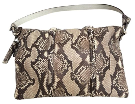 Preload https://img-static.tradesy.com/item/2435728/bally-handbag-snake-skin-python-shoulder-bag-0-0-540-540.jpg