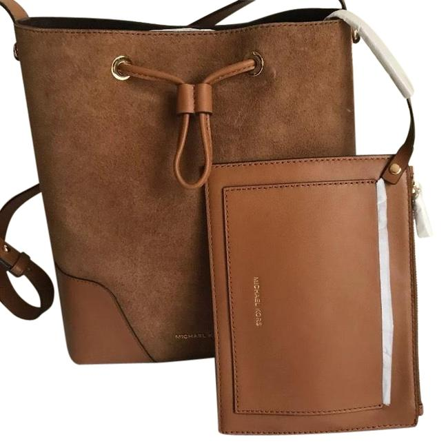 Item - Bucket Medium Suede/Leather with Removable Pouch Caramel/Tan/Gold Suede Leather/Leather Cross Body Bag