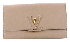 Louis Vuitton Leather Wristlet in Light Taupe