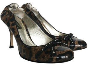 Dolce&Gabbana Dolce & Gabbana Patent Leather Stiletto Leopard (Brown and Black) Pumps