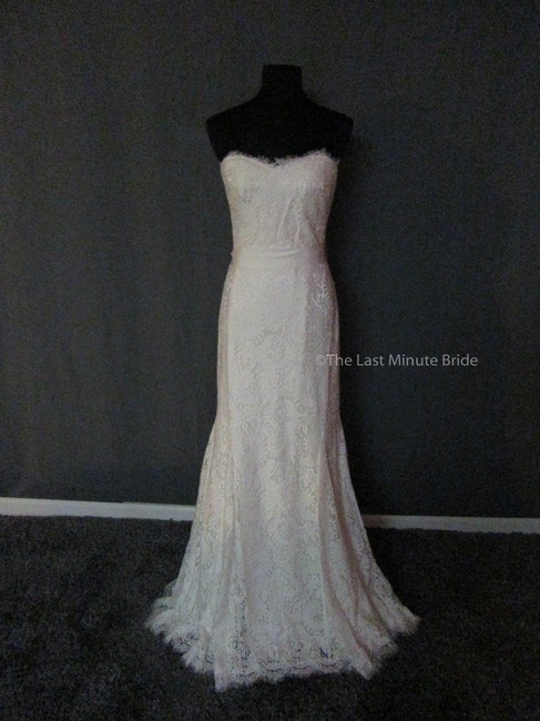 Item - Off White Lace Heather 890044 Feminine Wedding Dress Size 12 (L)