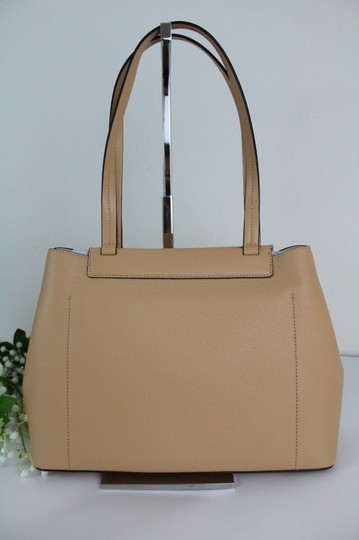Michael Kors Tote in Butternut/Gold Image 5