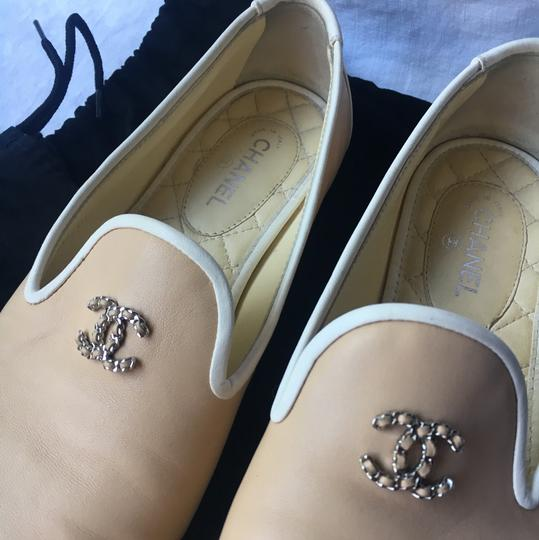 Chanel cream and white Flats Image 3