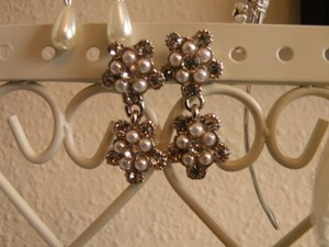 Kirstie Kelly Disney Collection By Kirstie Kelly Pearl And Swarovski Crystal Floral Earrings