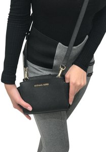 Michael Kors Selma Mini Cross Body Bag
