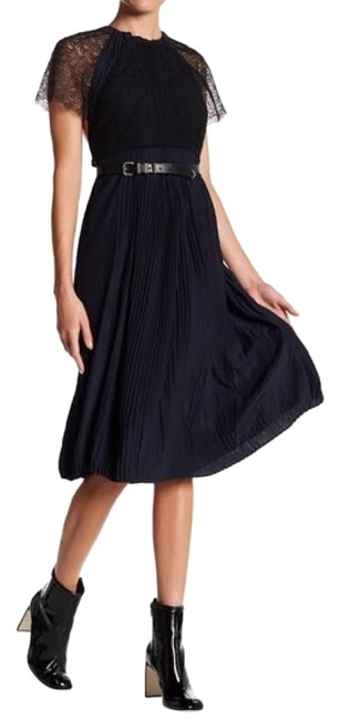 Item - Navy & Black Pleats and Lace Mid-length Night Out Dress Size 00 (XXS)