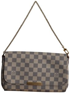 Louis Vuitton Favorite Favorite Mm Lv Clutch Cross Body Bag