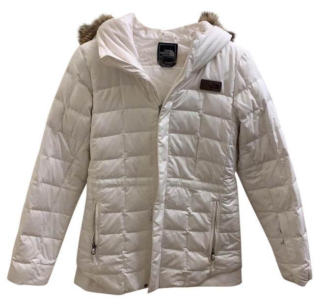 Preload https://img-static.tradesy.com/item/24364068/the-north-face-white-winter-jacket-coat-size-2-xs-0-1-650-650.jpg