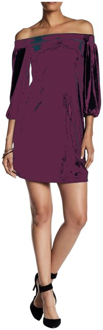 Item - Wine Purple Off-shoulder Elbow Sleeve Velvet Style No. Vc7m5296 Short Night Out Dress Size 12 (L)