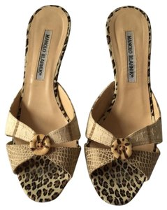 Manolo Blahnik Natural, Beige, Brown Mules