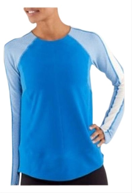Item - Blue/Ivory Run Bold In The Cold Activewear Top Size 12 (L)