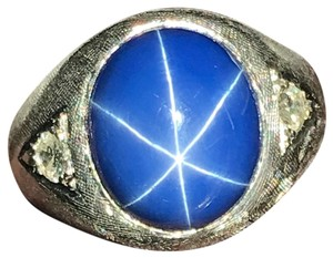 White Gold Blue Sapphire Star - Lab Created Ring