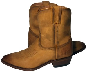 a81b4cca2cf Women's Boots & Booties Up to 90% off at Tradesy!