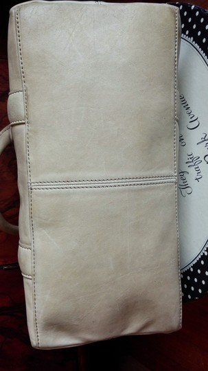 Express Satchel in french vanilla Image 3