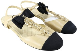 Chanel Classic Pearl Bow Embellished Beige Flats