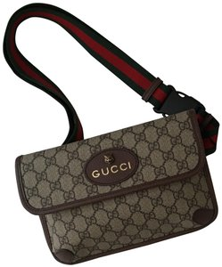4c96aa654b9 Beige Gucci Wristlets - Up to 90% off at Tradesy