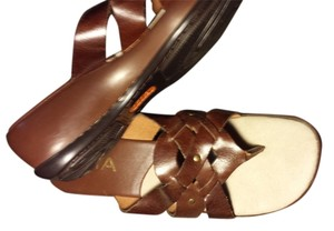 Mia Shoes Brown Sandals