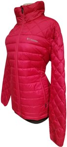 Columbia Sportswear Company Woman The North Face Lululemon Patagonia tropical red Jacket