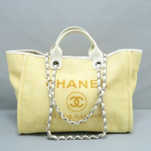 Chanel Deauville Medium Canvas Yellow Tote in Lightyellow