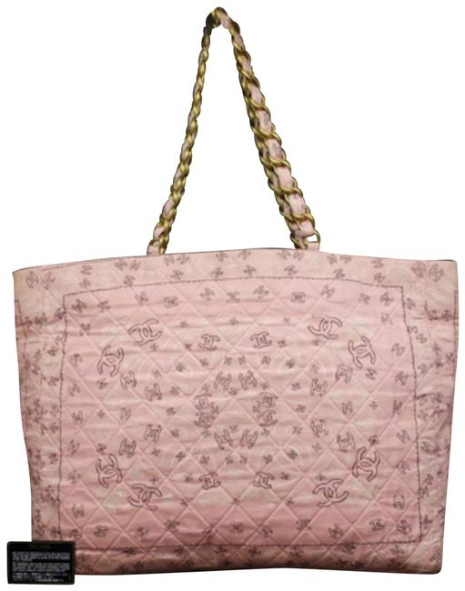 Item - Extra Large Quilted Kaleidoscope Cc Logo Chain 232846 Pink Cotton Tote
