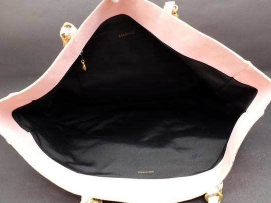 Chanel Gst Grand Shopper Shopping Paisley Tote in Pink Image 2