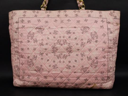 Chanel Gst Grand Shopper Shopping Paisley Tote in Pink Image 5