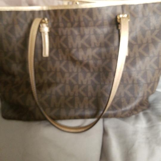 Michael Kors Tote in Brown & gold with mk logo as nd matching cosmetic purse Image 4