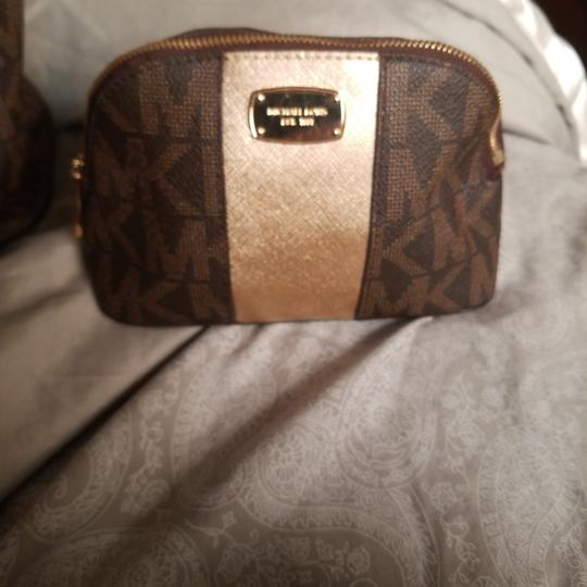 Michael Kors Tote in Brown & gold with mk logo as nd matching cosmetic purse Image 6