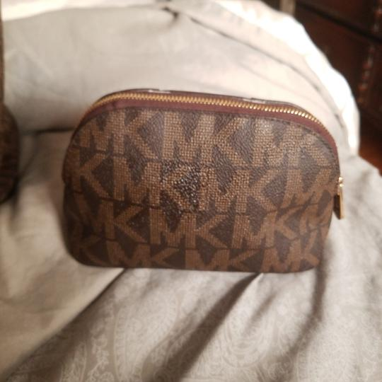 Michael Kors Tote in Brown & gold with mk logo as nd matching cosmetic purse Image 7