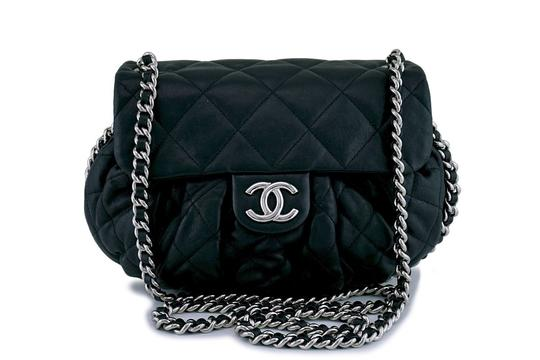 Chanel Cross Body Bag Image 1