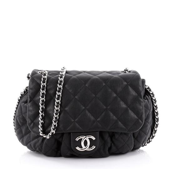 Preload https://img-static.tradesy.com/item/24372250/chanel-messenger-shoulder-medium-quilted-chain-around-flap-dark-blue-lambskin-leather-cross-body-bag-0-2-540-540.jpg