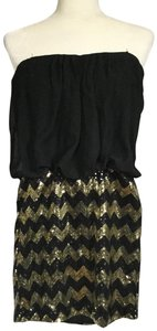 Snap Strapless Blouson Chevron Gold Dress