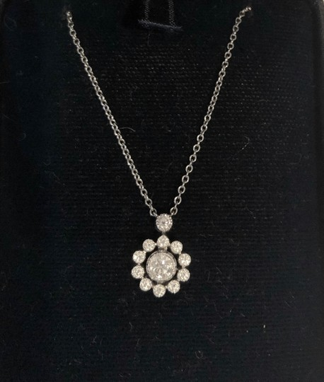 Tiffany & Co. Diamonds Halo Flower Pendant Necklace 16 inch Platinum Image 2
