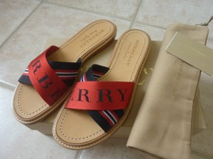Burberry Logo Casual Red/Black Sandals