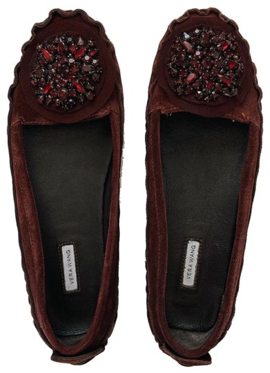 Preload https://img-static.tradesy.com/item/24372729/vera-wang-burgundy-jeweled-flats-size-us-8-regular-m-b-0-1-540-540.jpg