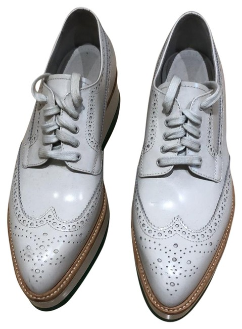 Item - White Platform Leather Sneakers Flats Size US 9.5 Regular (M, B)