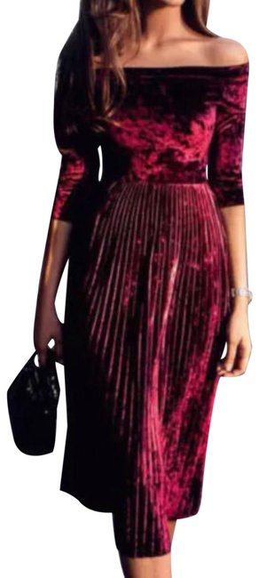 Preload https://img-static.tradesy.com/item/24372760/wine-velour-off-the-shoulders-mid-length-night-out-dress-size-8-m-0-1-650-650.jpg