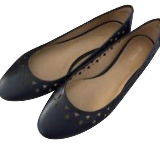 Preload https://img-static.tradesy.com/item/24372781/michael-kors-navy-blue-flats-size-us-6-regular-m-b-0-1-540-540.jpg