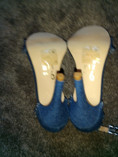 Mix six Blue Sandals Image 1