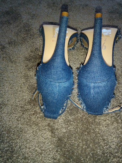 Mix six Blue Sandals Image 5