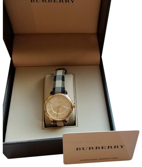 Burberry Womens classic Burberry watch Image 2
