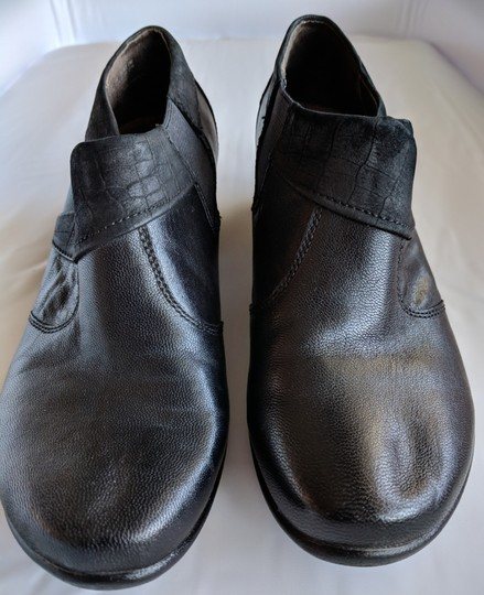 Hush Puppies Leather Comfortable Black Mules Image 1
