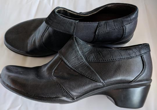 Hush Puppies Leather Comfortable Black Mules Image 2