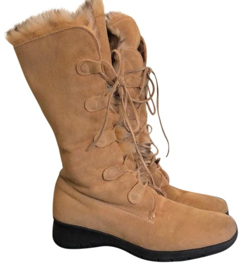 Maxine Of Canada Tan Boots Image 0