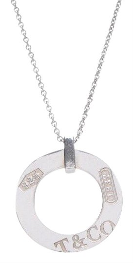 Preload https://img-static.tradesy.com/item/24373162/tiffany-and-co-silver-sterling-circle-pendant-necklace-bracelet-0-2-540-540.jpg