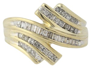 Other Diamond Bypass Ring - 10k Yellow Gold N8421