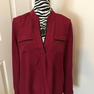 Lord & Taylor Top berry