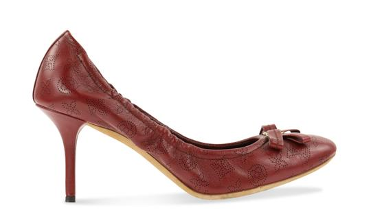 Preload https://img-static.tradesy.com/item/24373734/louis-vuitton-red-grenat-elba-pumps-size-eu-37-approx-us-7-regular-m-b-0-2-540-540.jpg